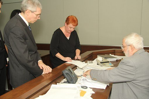 who can witness a court document in australia